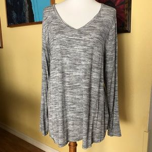 Apt 9 V neck tunic. Great used condition